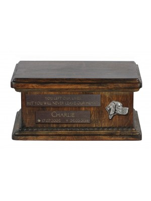 Urn for dog's ashes with relief and sentence with your dog name and date