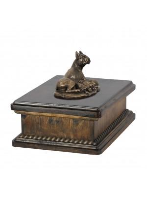 Boxer mama- exlusive urn