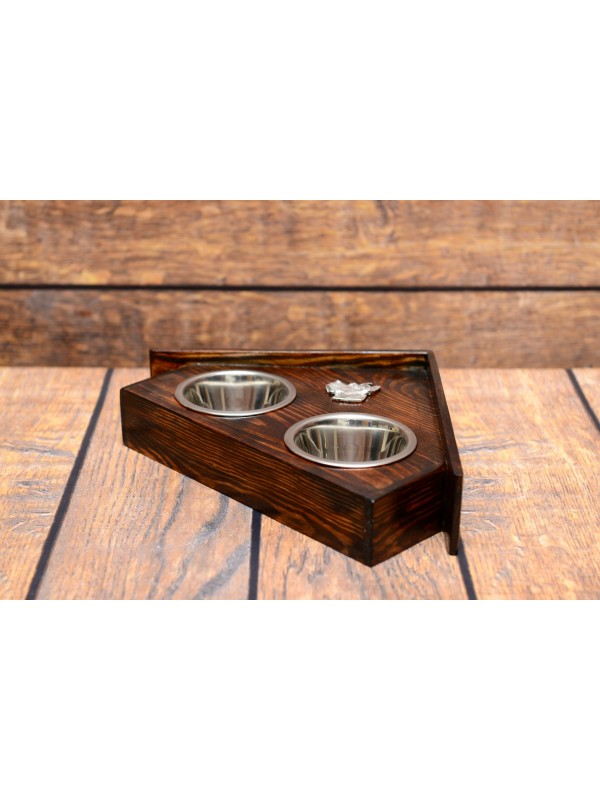 Dog bowls with a relief from ARTDOG collection